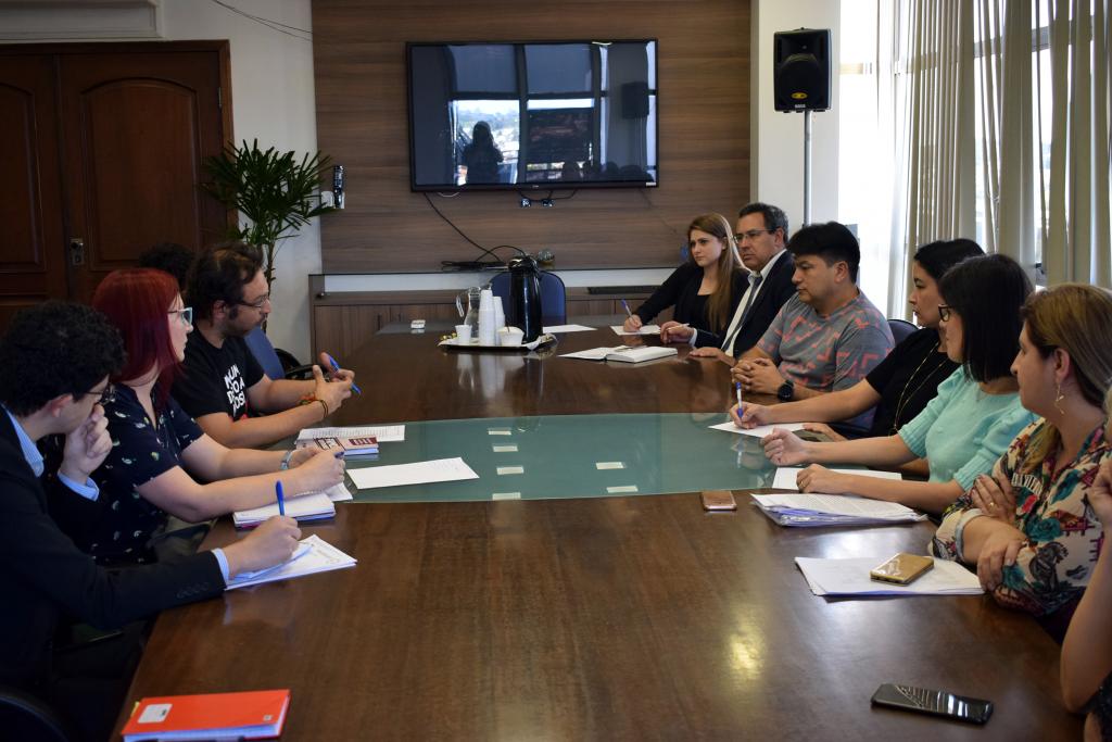reunião na Prefeitura